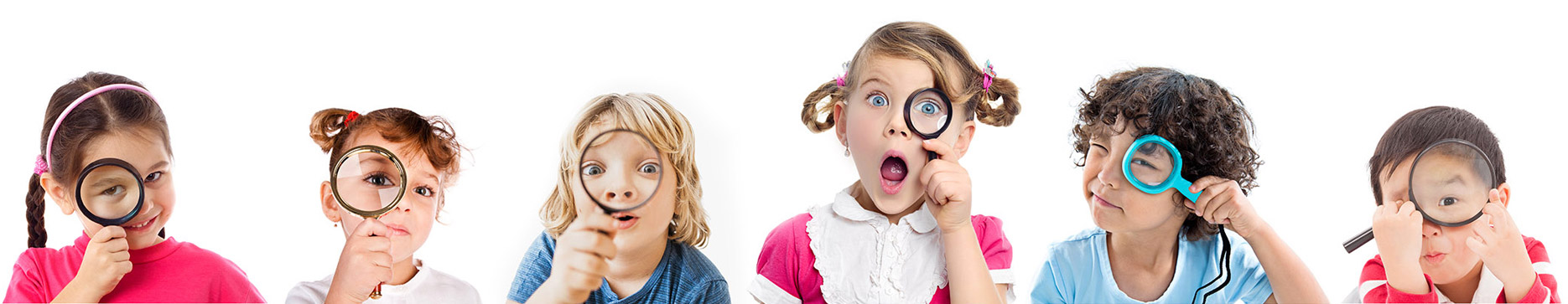 kids with magnifying glasses find a pediatric dentist
